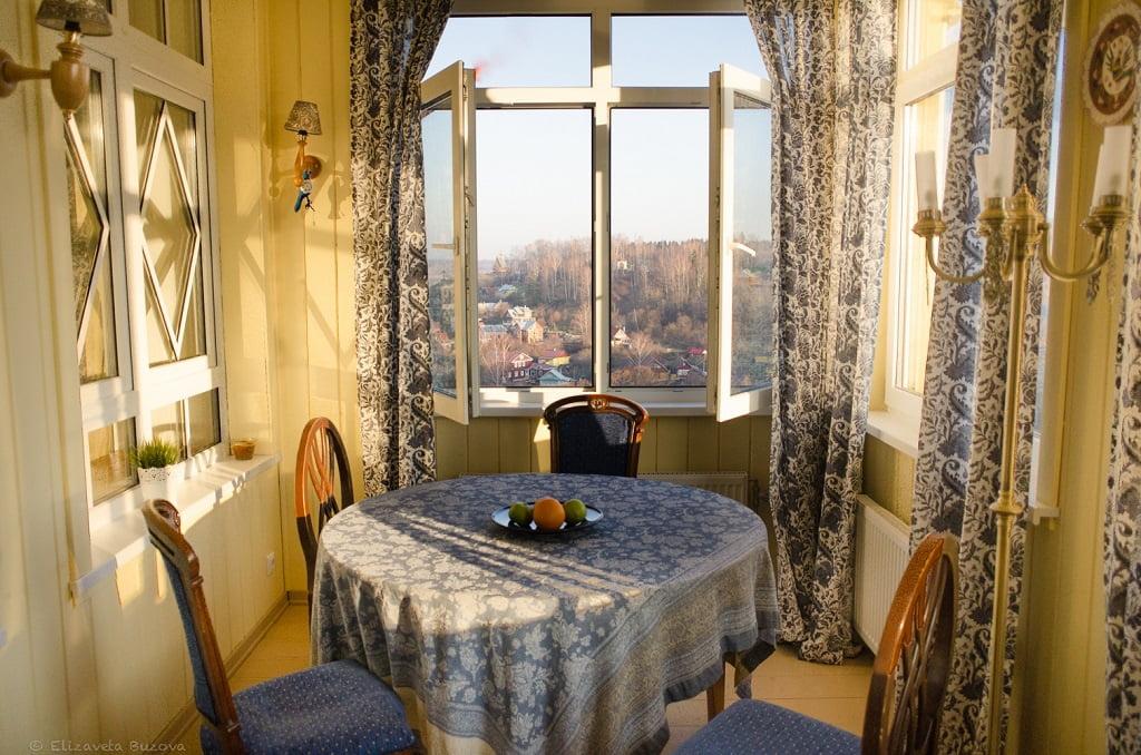 вид на город из отеля и ресторана Частный визит