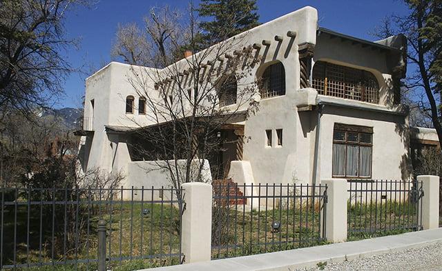 Дом Фешина в Таосе