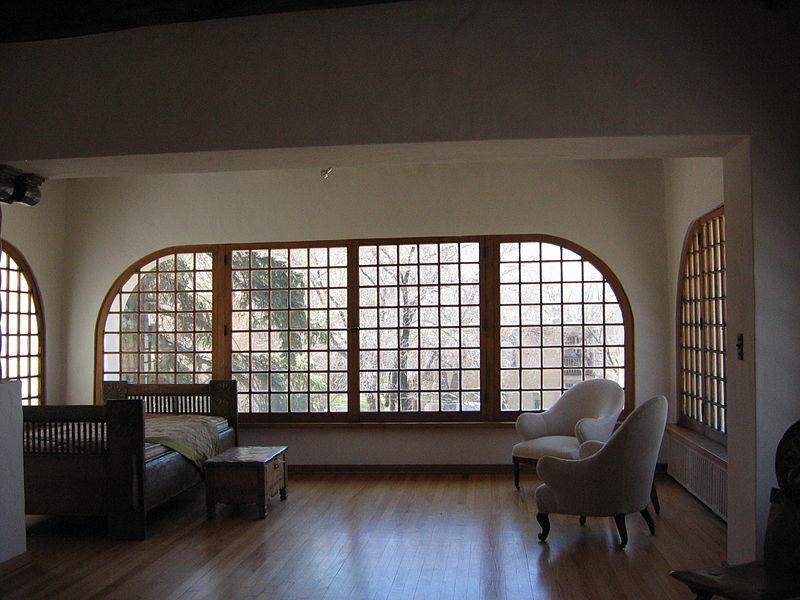 Николай Фешин. Интерьер комнаты дочери в доме Фешина в Таосе. Фото 2008 года