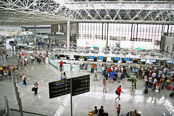 aeroport-sochi-vnutri