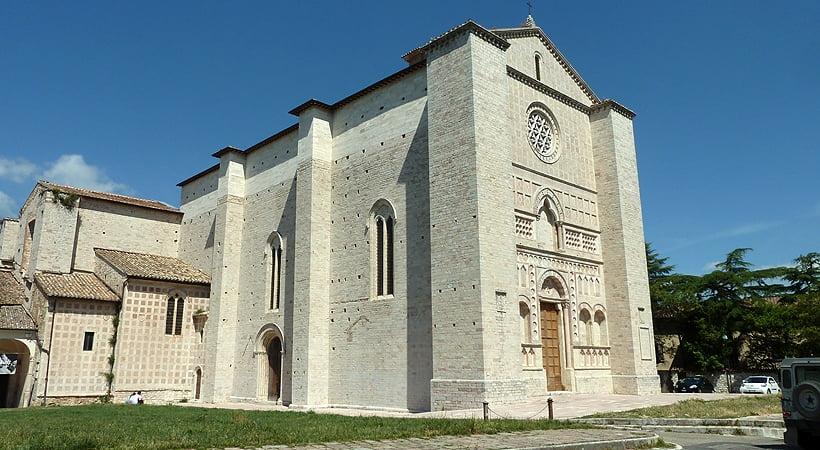 Церковь святого Франциска в Перудже, где располагался алтарь Бальони