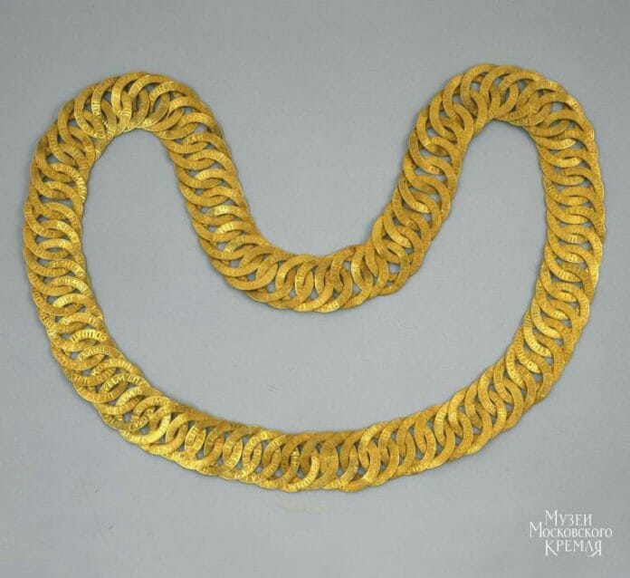 Золотая цепь Михаила Федоровича - музеи кремля