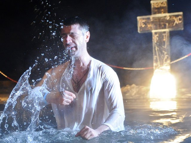 Погружение в Иордани на Крещение
