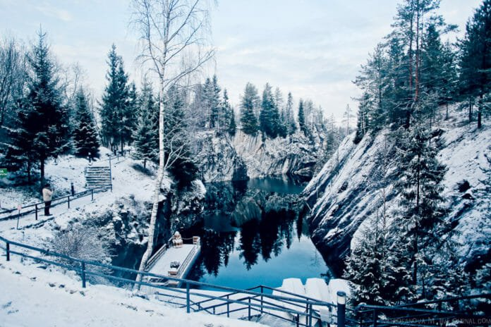 Рускеала зимой