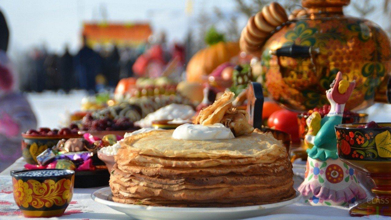 1485934560 ugoshheniya na maslenitse - Масленица 2018: Даты празднования