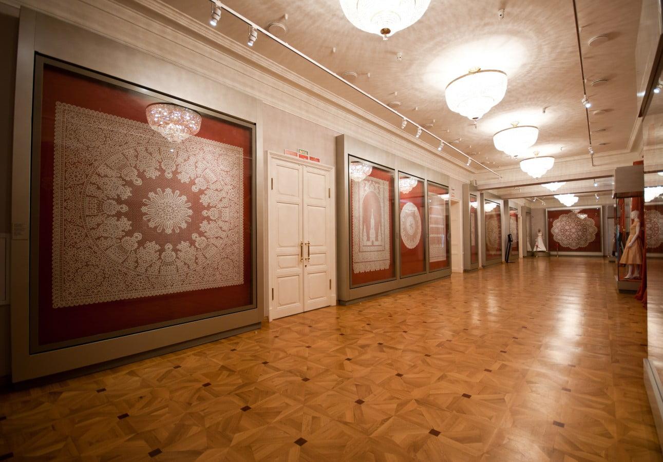 В Музее кружева (Вологда)
