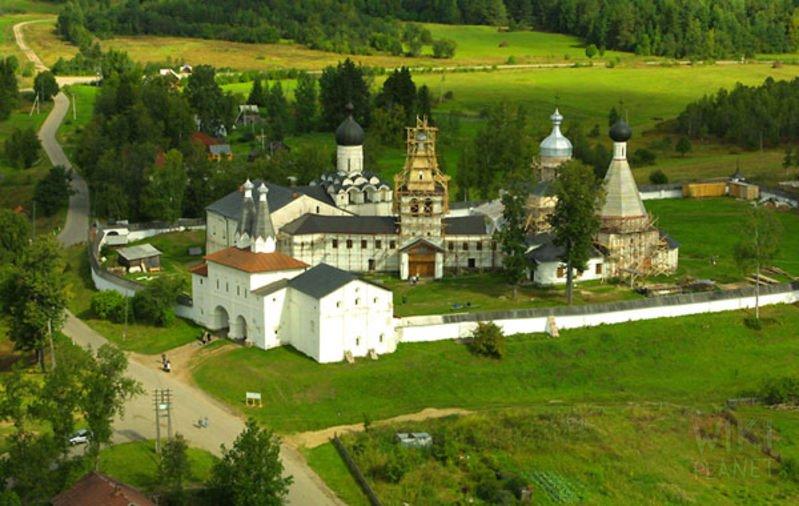Ферапонтов монастырь в процесе реставрации
