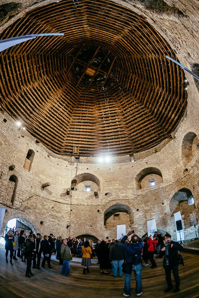 Внутри Покровской башни Подземелье Средневековье