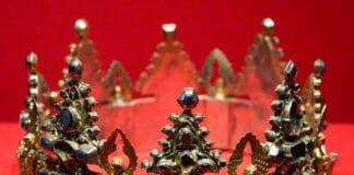 Корона Людовика Святого. Музеи Кремля