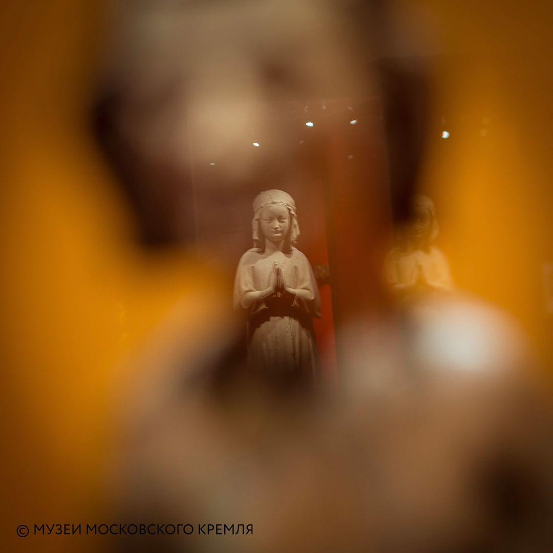 Изабелла Французская на выставке Людовик Святой и реликвии Сент-Шапель