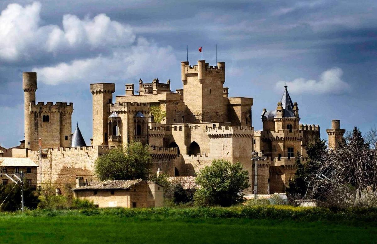 Наварра. Замок - дворец в Олите