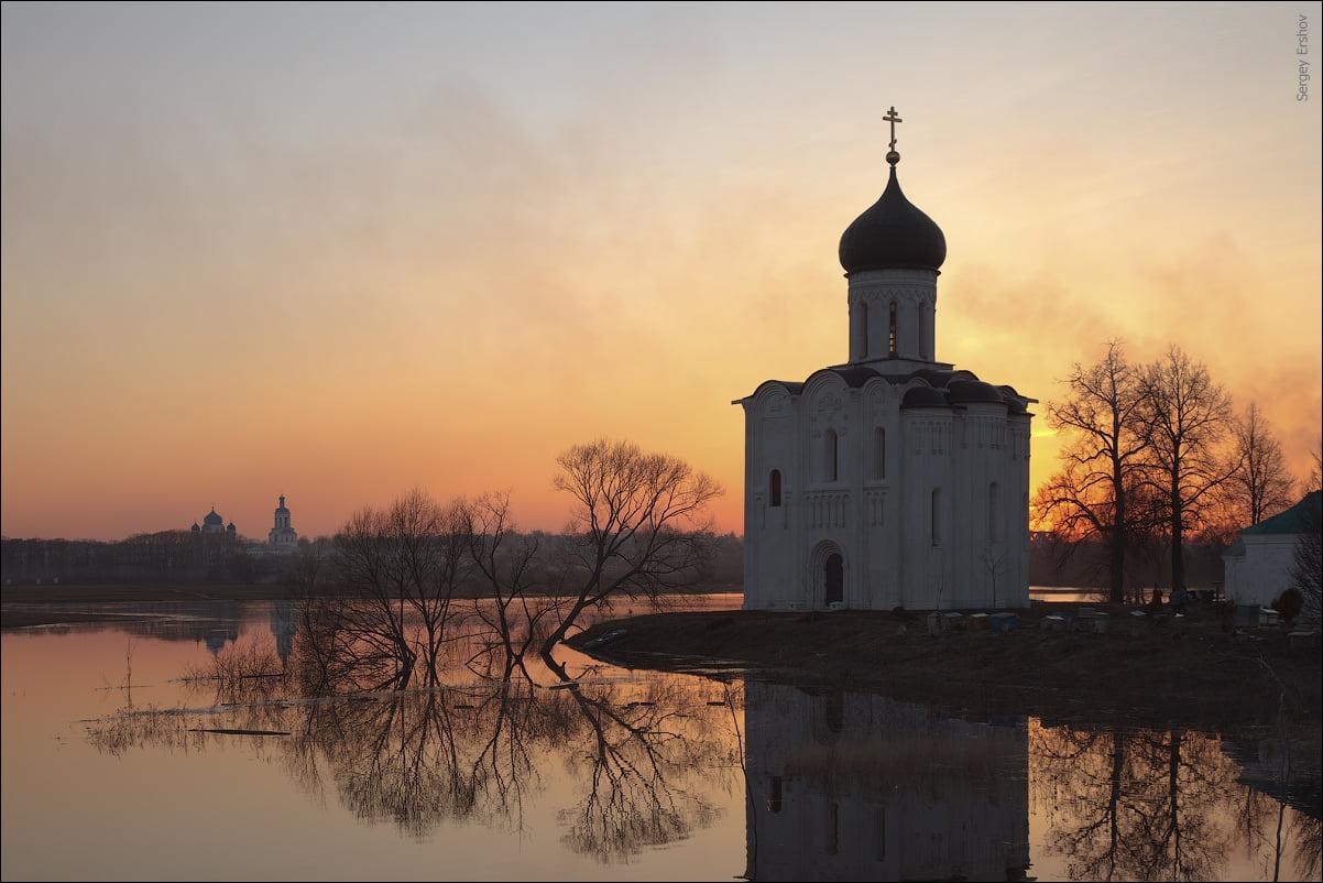 Церковь Покрова -на Нерли Поэзия Рубцова в разливе