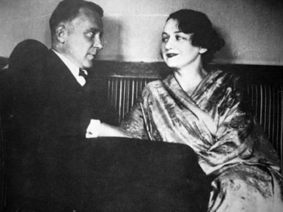 Булгаков со своей третьей женой Еленой Шиловской