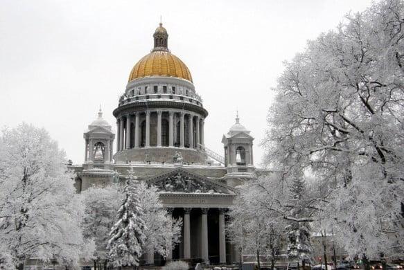 Исаакиевский собор зимой