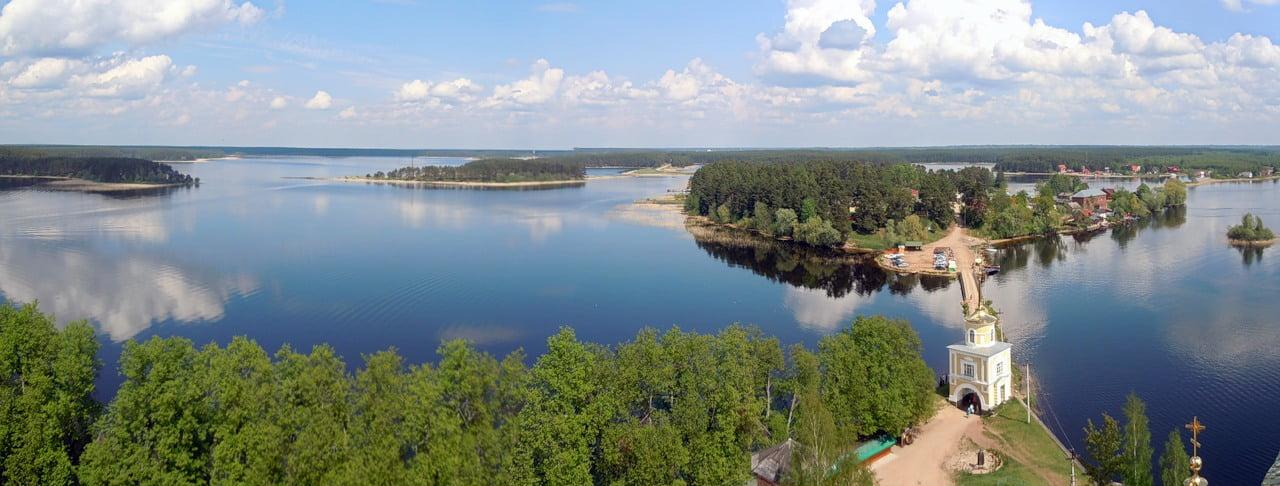 Озеро Селигер близ Осташков