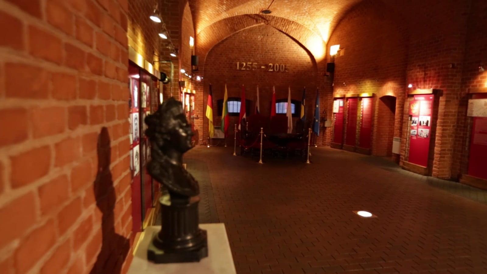 Внутри Королевских ворота Калининграда