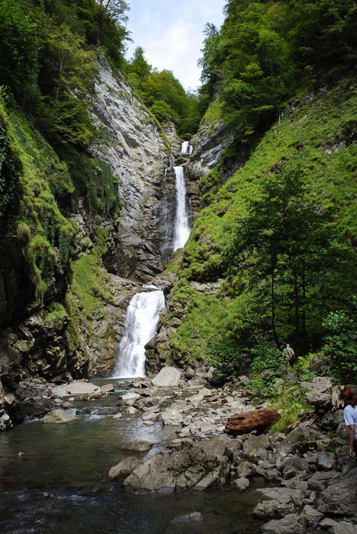 Безымянный водопад Большого Сочи