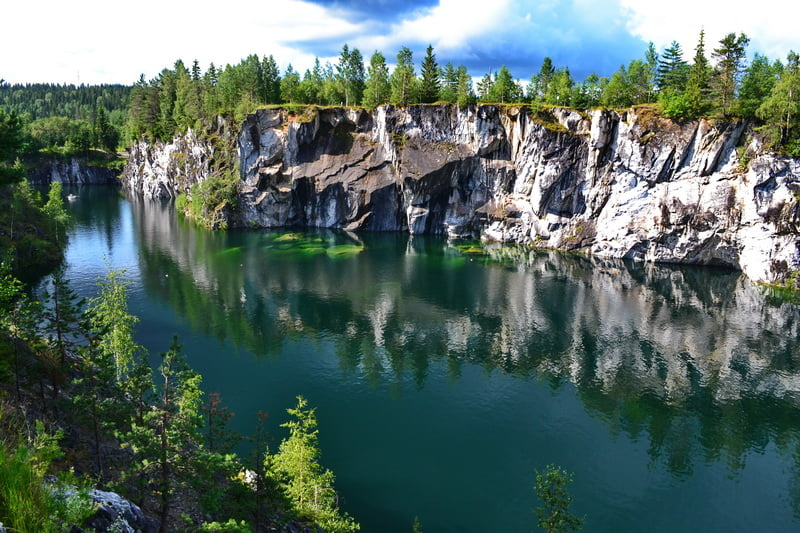 фото карелия мраморный каньон