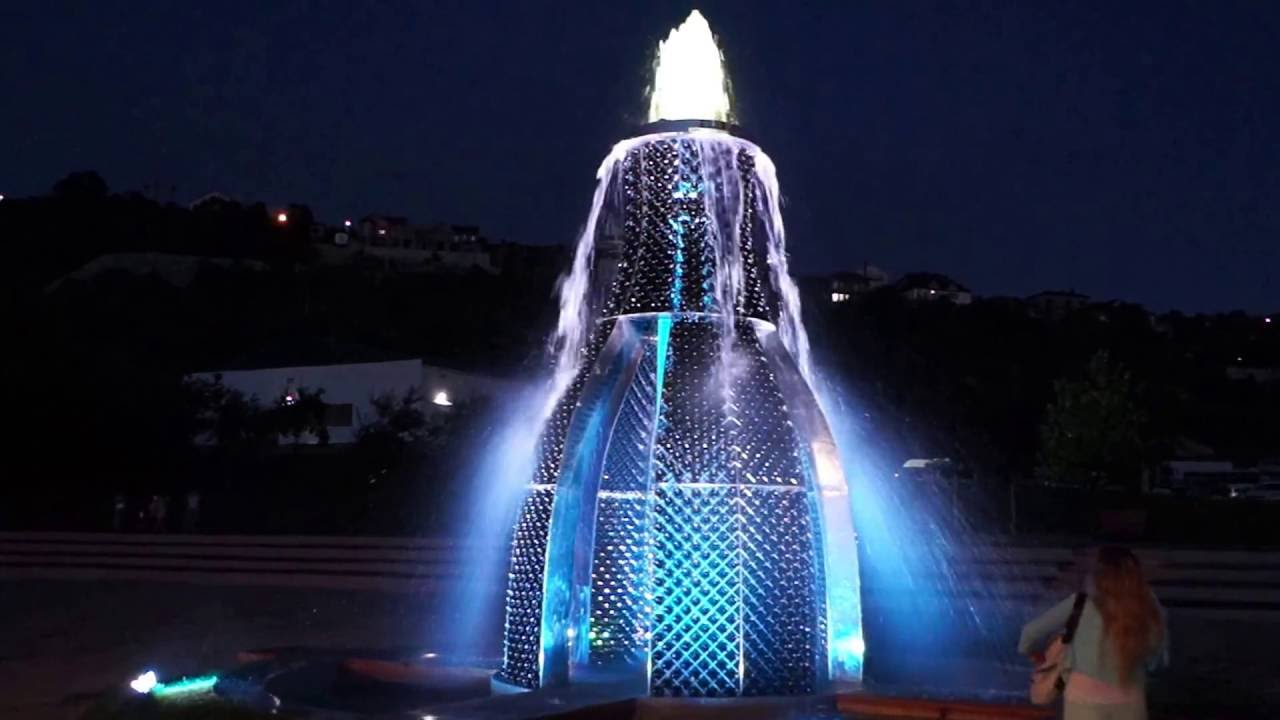 Арт-фонтан в Абрау-Дюрсо