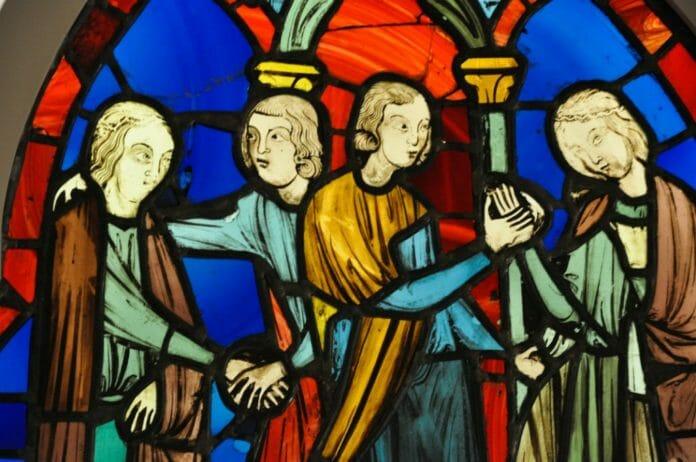 Двойная помолвка. Людовик Святой и реликвии и Сент-Шапель