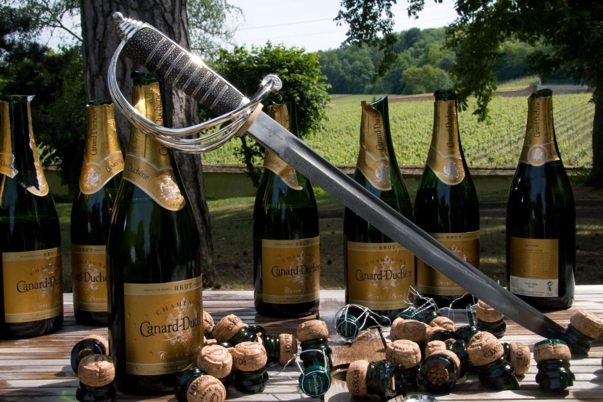 Шампанское и сабля