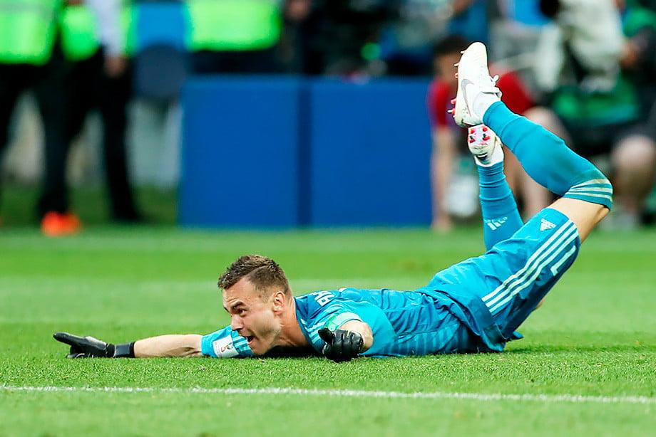 Празднование победы после спасения ворот в серии пенальти. Игра со сборной испании. Чемпионат мира 2018