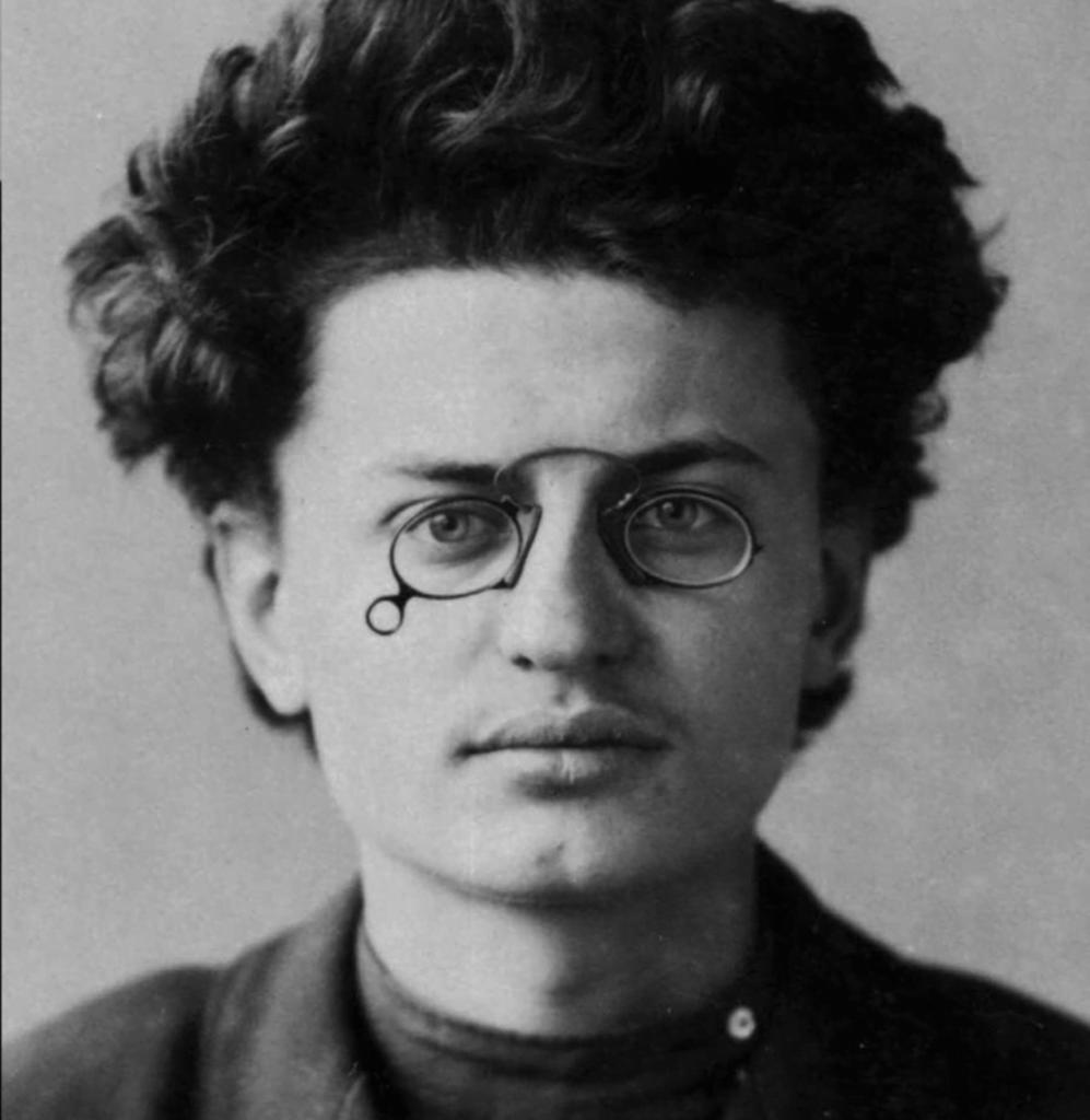 lev trotskiy fofografia