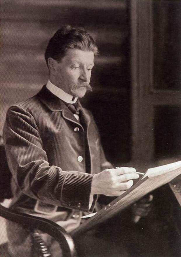 Фотография. Врубель во время работы 1898 год